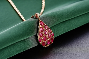 jewelry-625723_1920